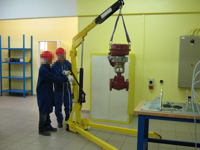 Manutention d'un robinet industriel